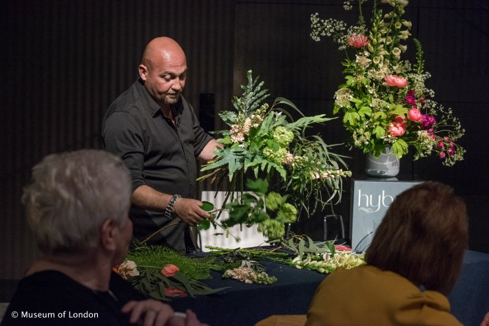 Glamorous Night at the Museum Flower Demo