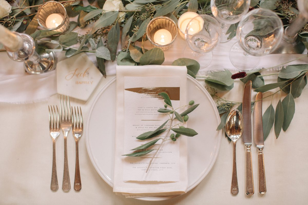 How to style a wedding the perfectly imperfect way